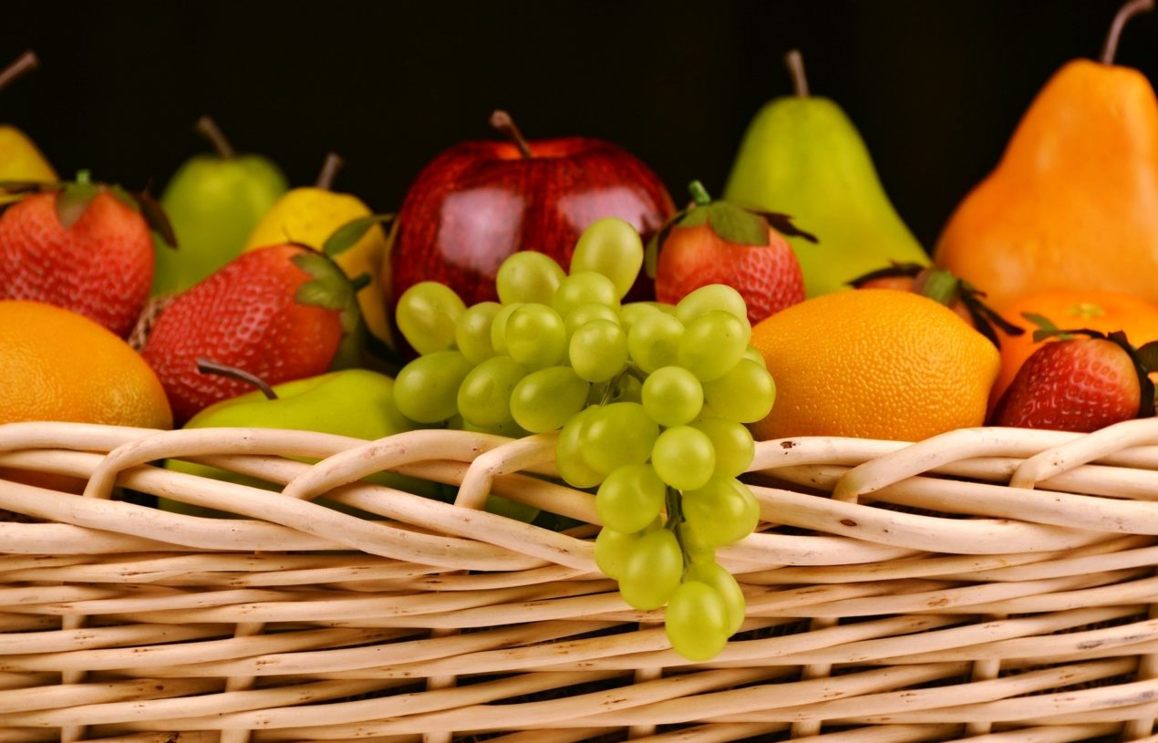 What is Fruitarianism and What Should Fruitarians Eat?
